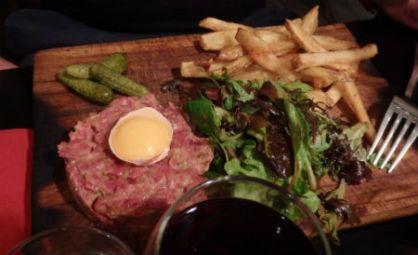 beef-tartare-balançoire-retaurant-paris