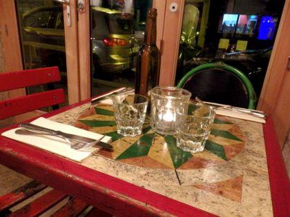 come a casa_paris_table