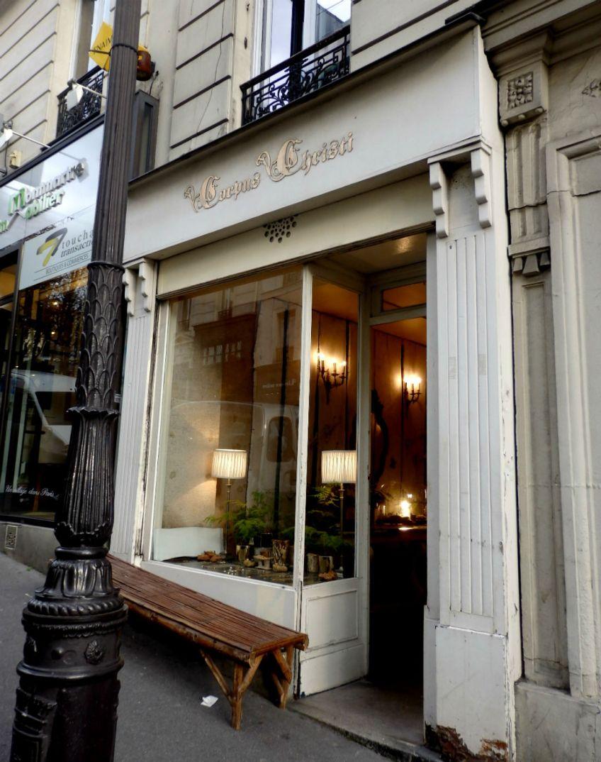 Corpus Christi_Paris_exterior
